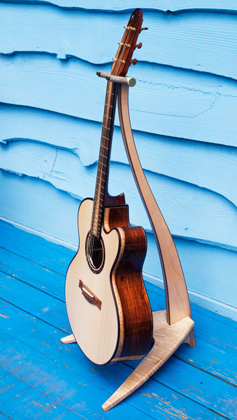 WM Design Wood Guitar Stand