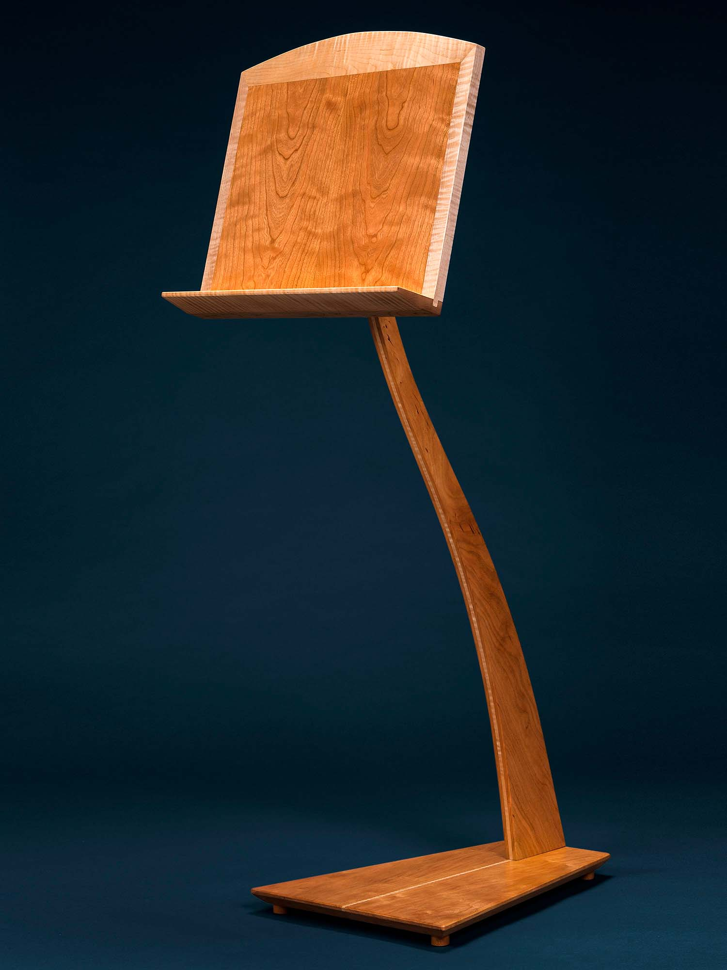 SM Music Stand in Cherry